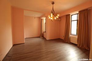 Zona superba, Aleea Modrogan, apartament renovat, garaj 27 mp - imagine 1