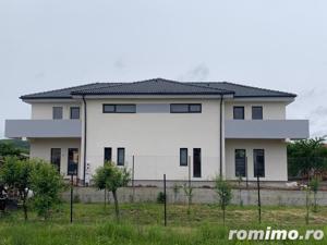 Casă / Duplex cu 4 camere de vânzare | Selimbar - imagine 1