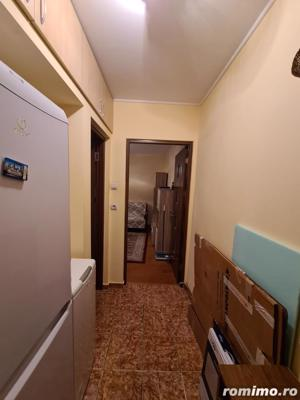 Apartament 3 camere in zona Km4-5 - imagine 8
