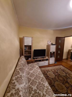 Apartament 3 camere in zona Km4-5 - imagine 3