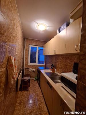 Apartament 3 camere in zona Km4-5 - imagine 1
