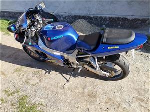 SUZUKI GSXR 750 K 1 variante MOTO/AUTO - imagine 6