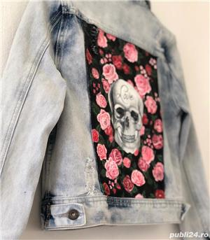 Skull and Roses Jacket - imagine 3