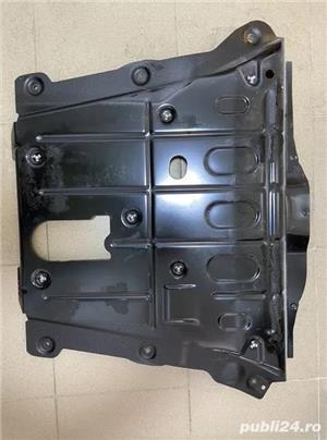 Scut motor Dacia Duster (5 buc disponibile) - imagine 3