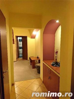 3 camere, doua bai, etaj intermediar, zona Plavat II - imagine 5