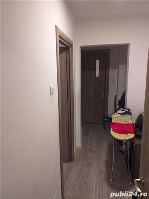 Apartament 3 camere de vanzare - imagine 1