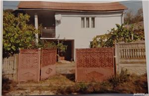 Casa si gradina la 47 km de statiunea Ranca - imagine 1