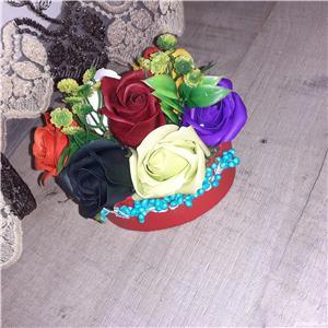 Aranjamemte pentru Craciun,  aranjamente realizate di flori de sapun - imagine 4