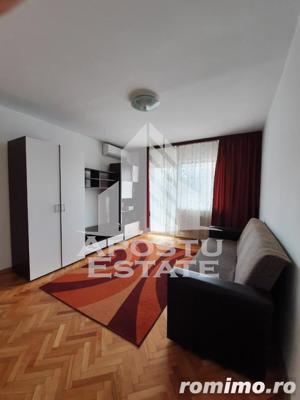 Apartament cu 2 camere in Complexul Studentesc proaspat renovat - imagine 1