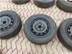 Roti 5x112x 15 VW, Skoda cu cauciucuri iarna 195 65 15 - imagine 3