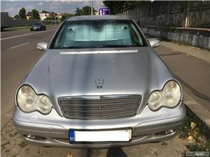 Mercedes-benz Clasa C C220 (schimb cu autorulota, camper, van) - imagine 1