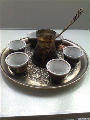 Serviciu de cafea cu 6 cescute din portelan - imagine 1