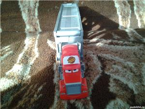 Disney Pixar Cars Mack camion transportor masinute 34 cm jucarie copii - imagine 1