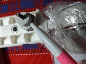 Surub M6/15 mm pentru Bioptron Pro.1 suport de podea pe rotile - imagine 2