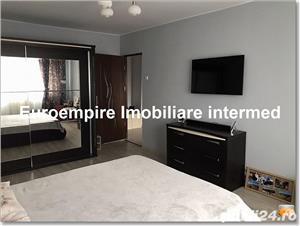 Apartament 2 camere decomandate zona KM 4-5 - imagine 1