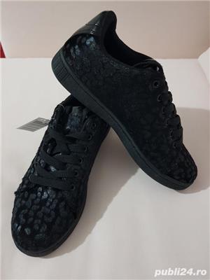 Sneakersi negri,exteriorul ca blanita,marimea 39,noi - imagine 3