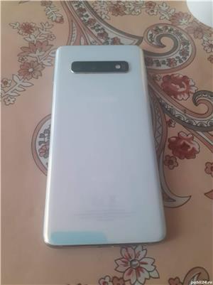 Samsung s10 - imagine 2