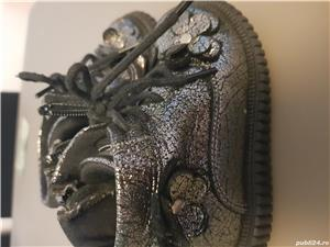 Ghetute si pantofi mărimea 21 fetite - imagine 8