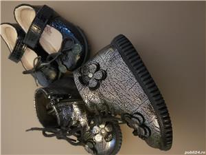 Ghetute si pantofi mărimea 21 fetite - imagine 6