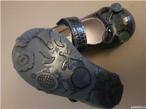 Ghetute si pantofi mărimea 21 fetite - imagine 7