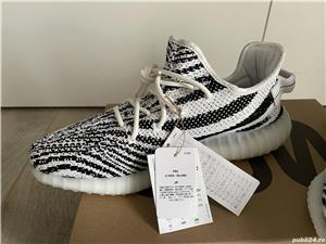 Yeezy 350 zebra - imagine 7
