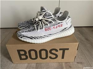 Yeezy 350 zebra - imagine 8