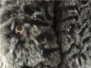 Vand haina din blana sintetica-noua - imagine 1