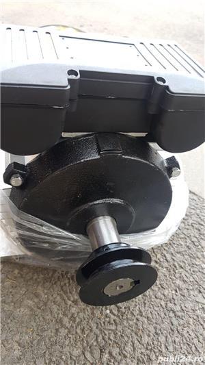 Motor electric dedicat ptr compresor cu 1-2-3 pistoane - imagine 1