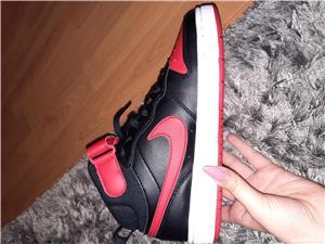 Adidasi Nike - imagine 4