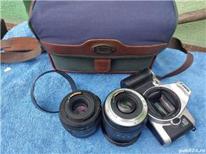 .Aparat Foto Canon EOS 500 N  vechi + 2 Obiective si geanta   - imagine 2
