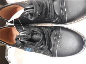 Pantofi copii, marimea 33 si 34 ,noi,negri - imagine 2