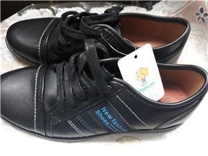 Pantofi copii, marimea 33 si 34 ,noi,negri - imagine 1