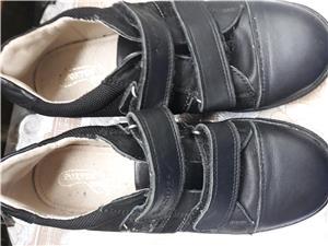 Pantofi copii, marimea 33 si 34 ,noi,negri - imagine 3