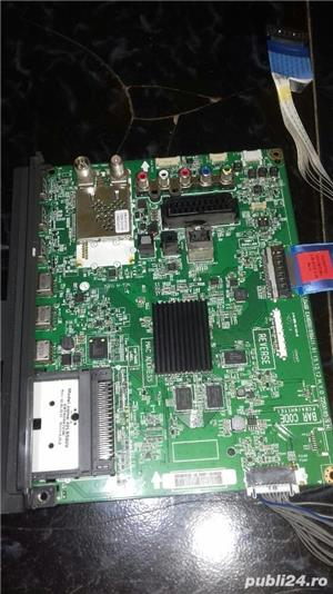 eax6561 0904 din LG 42LB 580V - imagine 1