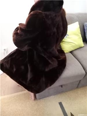 Stil, eleganta si rafinament! Haina blana artificiala - imagine 5