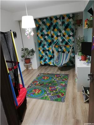 PROPRIETAR Vila 3 camere P+1+M+Curte+Loc de Parcare - imagine 2