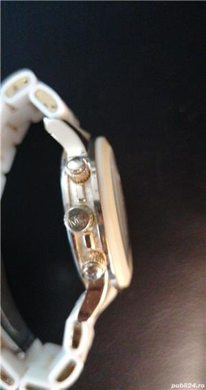 Ceas Michael Kors din silicon alb - imagine 3