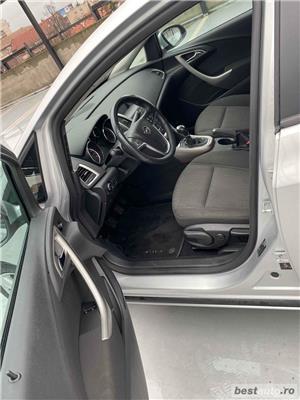 Opel Astra J - imagine 9