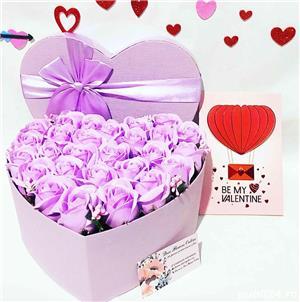 aranjament inima cu trandafiri parfumati de sapun - imagine 10