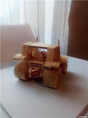 Tractor din lemn - imagine 5