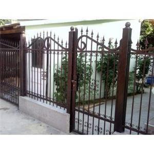 Confecționăm garduri din fier forjat din plăci de beton din șipcă metalică din plasă bordurată la  - imagine 5