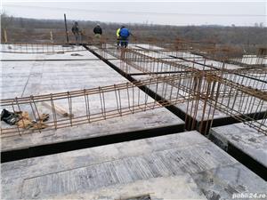 Firmă de construcții angajează dulgheri , fierari betoniști  ,muncitori calificați și necalificați . - imagine 10