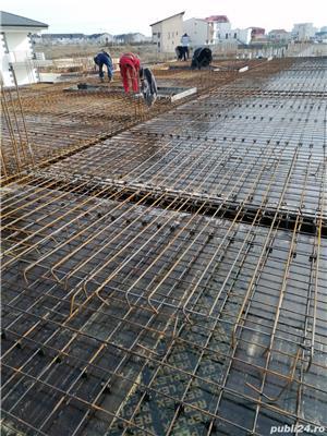 Firmă de construcții angajează dulgheri , fierari betoniști  ,muncitori calificați și necalificați . - imagine 7