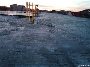Firmă de construcții angajează dulgheri , fierari betoniști  ,muncitori calificați și necalificați . - imagine 6
