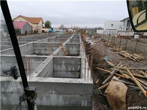 Firmă de construcții angajează dulgheri , fierari betoniști  ,muncitori calificați și necalificați . - imagine 9