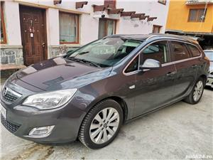 Opel Astra J - imagine 3