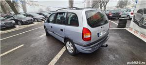 Opel Zafira A - imagine 2