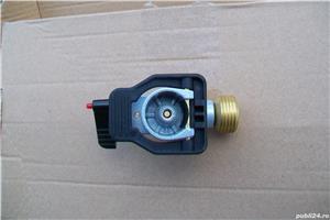 Adaptor pentru incarcare butelie gaz. - imagine 3