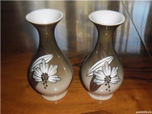 Pereche vaze ceramică, anii 1960 - imagine 1