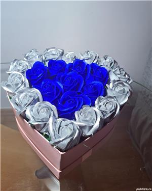 Trandafiri de sapun  - imagine 1